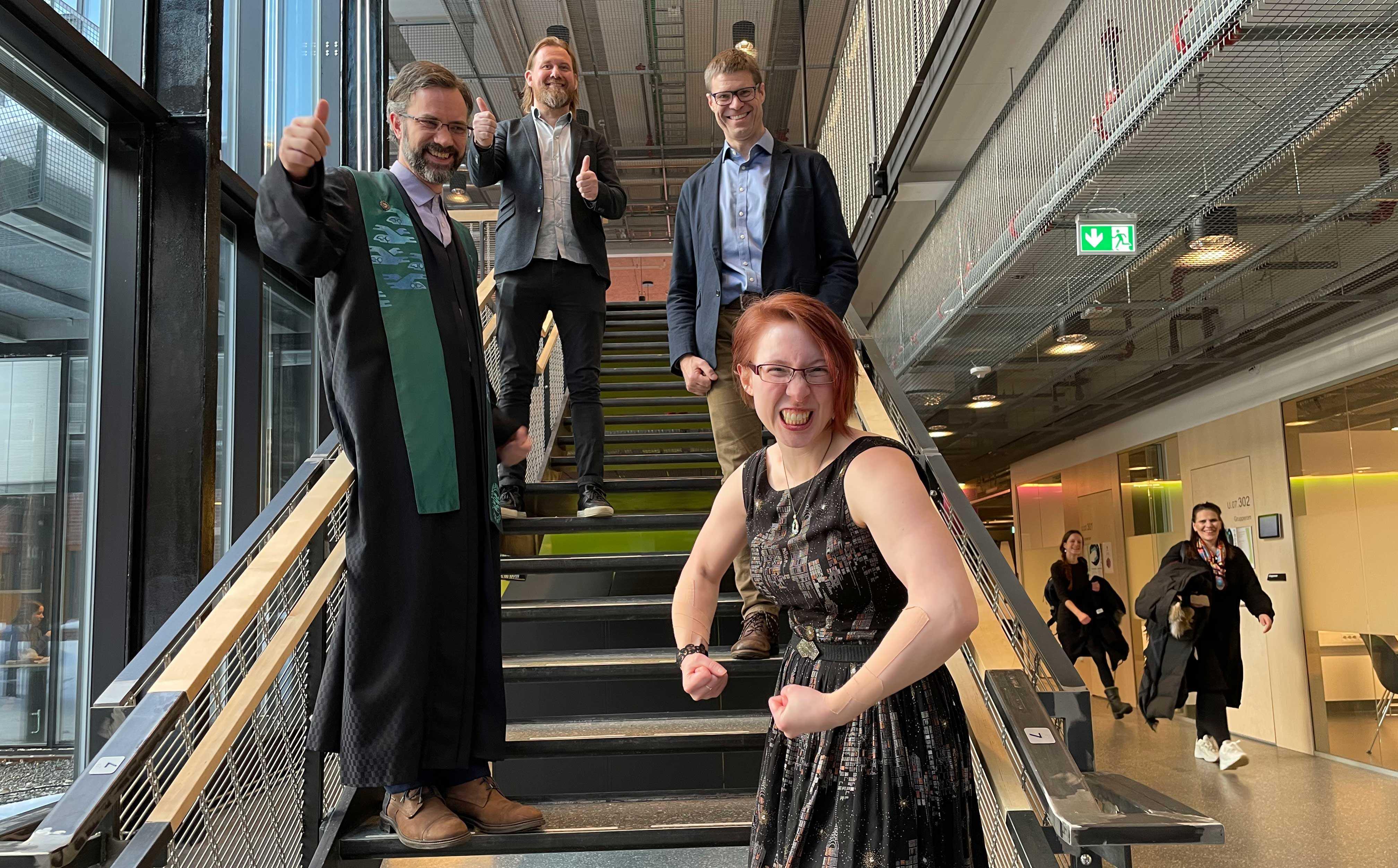 Fra venstre: Førsteamanuensis Stein Olav Skrøvseth (disputasleder), førsteamanuensis Rune Pedersen (leder av bedømmelseskomiteen), hovedveileder professor Eirik Årsand og doktor Meghan Bradway. Foto: Hasse Berntsen