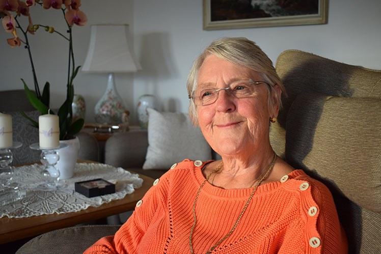 Møt Solveig Rostøl Bakken gjennom både podcast og foredrag. Den pensjonerte helsesøsteren bruker nå sin viktige pasienterfaring til å forbedre helsetjenesten. (Foto: Oddny J. Johnsen)