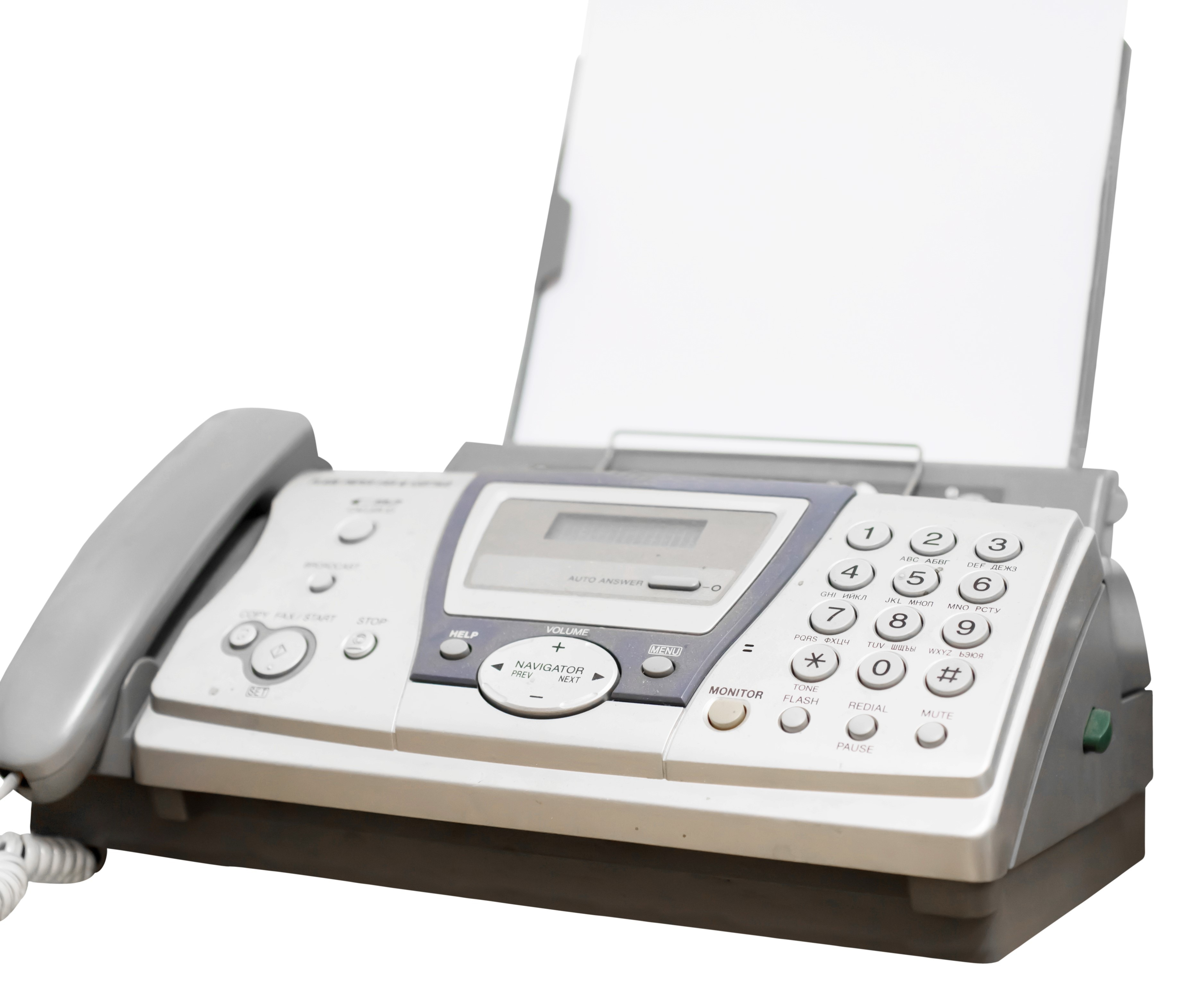 Å gå fra papir til e-resept skal på sikt spare tid og minske feil. Men det tar tid i begynnelsen. (Illustrasjonsfoto: Colourbox)