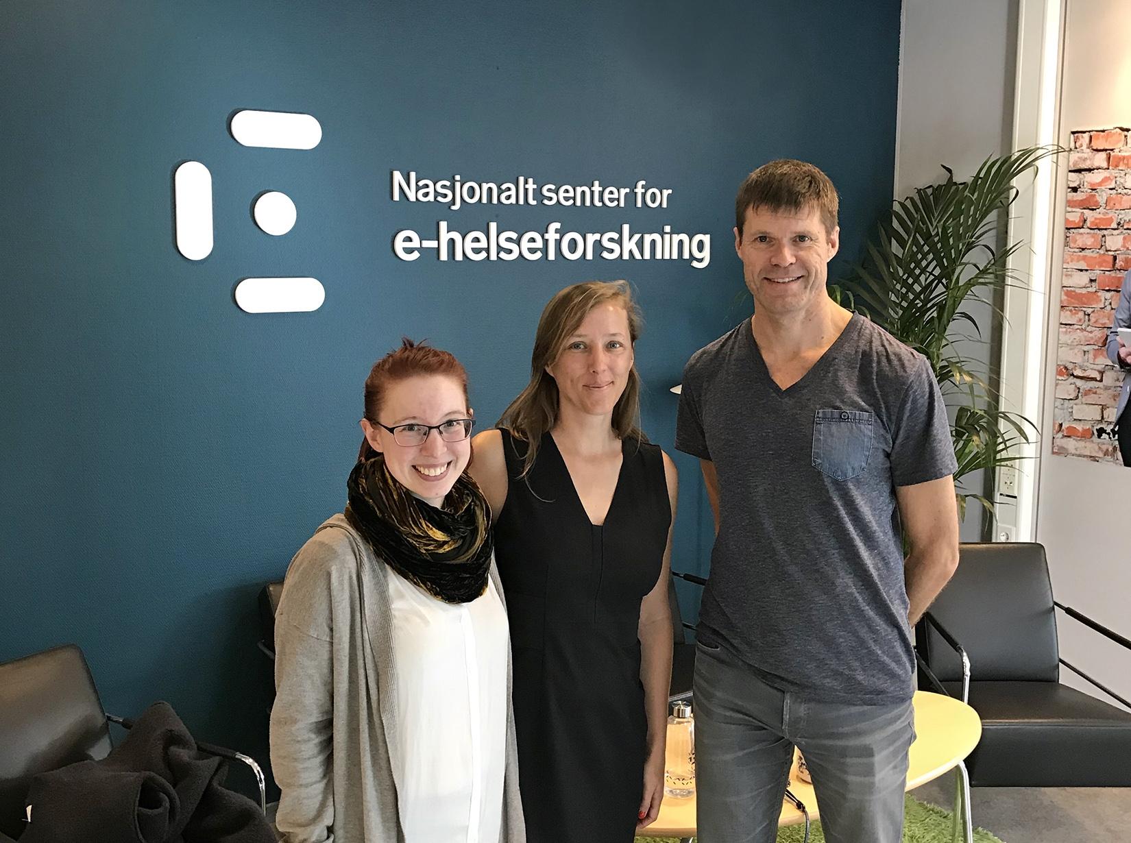 From left: Meghan Bradway, the Norwegian Centre for E-health Research, Kathleen Garrison from Yale University, Eirik Årsand from E-health Research. Photo: Lene Lundberg
