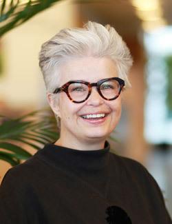 Line Helen Linstad