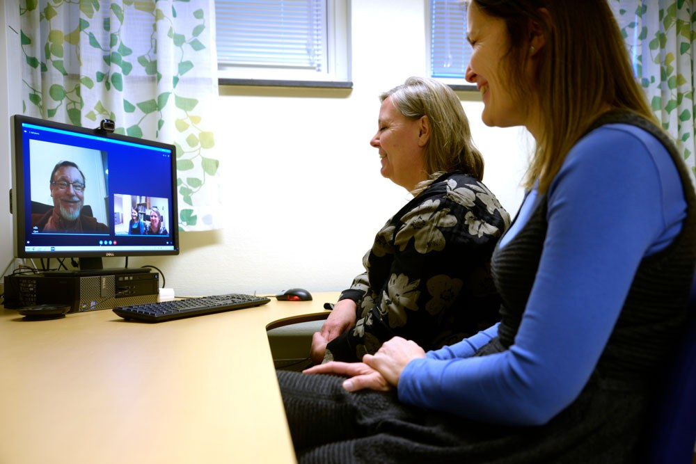 Experiences with video conference were positive, and it was suitable for more than expected. Photo: Norwegian Centre for E-health Research.